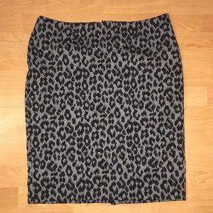 Charter Club Size 16 Grey Leopard Print Skirt